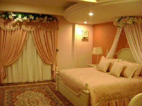 Romantic Wedding Bedroom Design