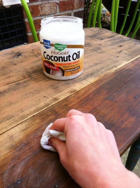 Cleaning old wood