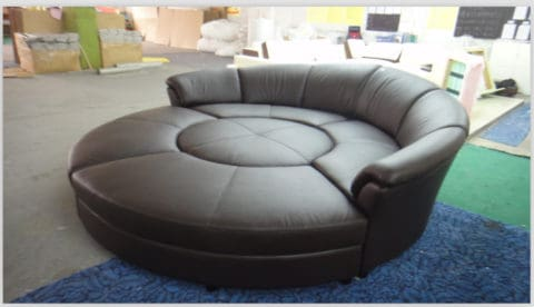 round sofa as a round bed