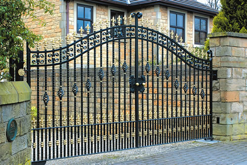 Elegant Black Gate