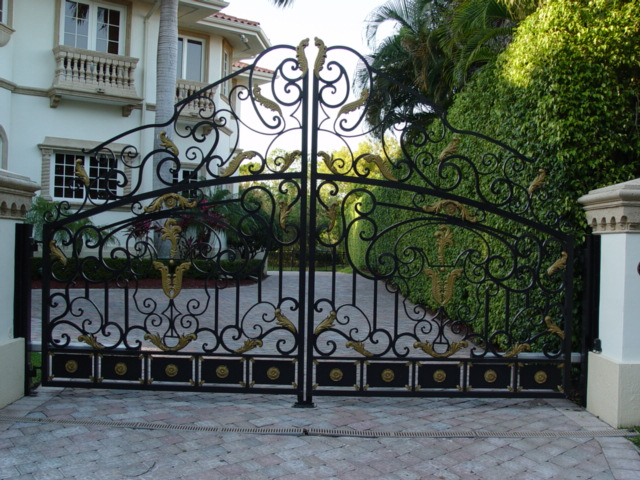 The Beauty of Gates Ornament