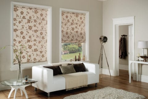 roman blinds with chic motif