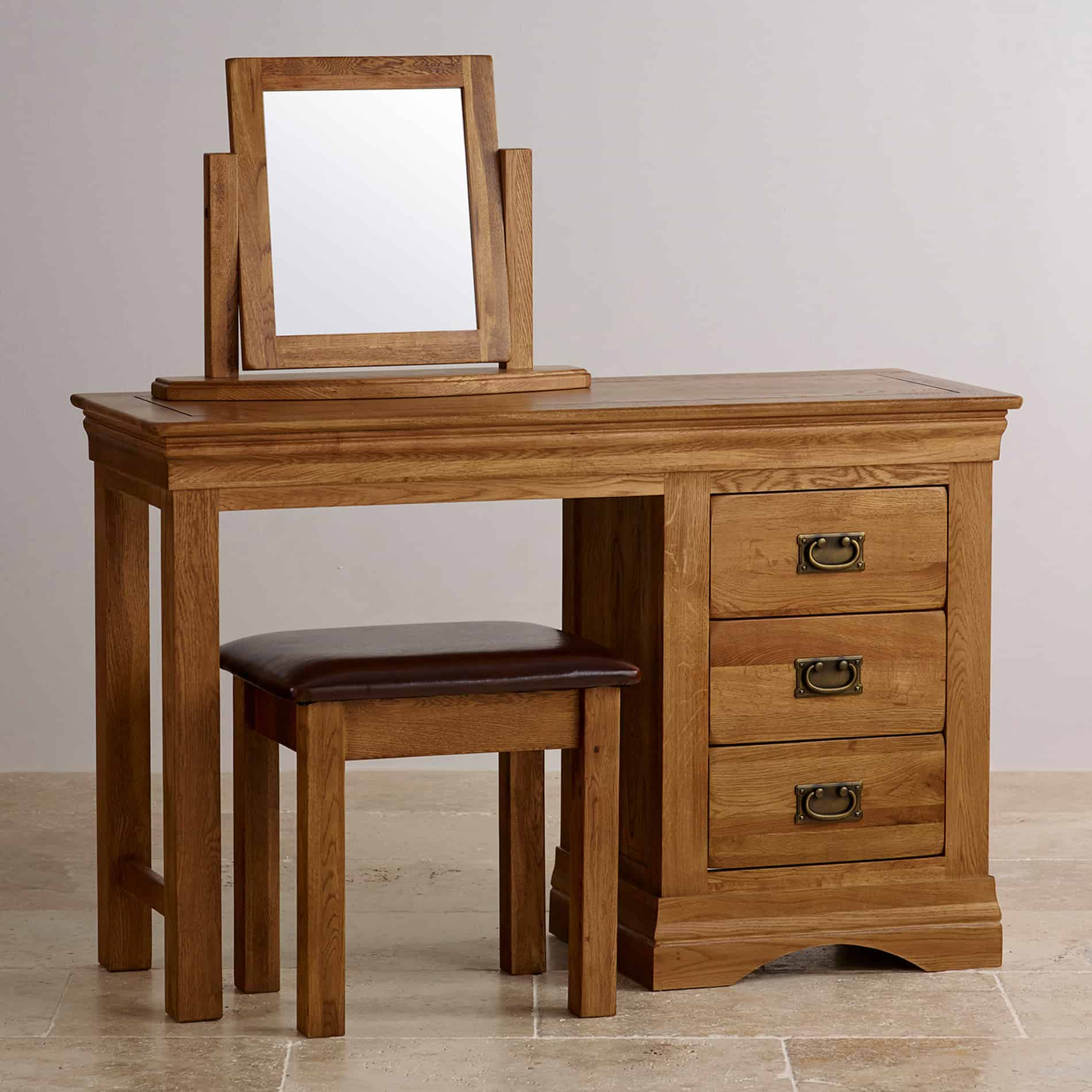 10 Cozy Decor Ideas For Your New Year S Eve Dining Room: Vanity Table For Your Personal Boudoir