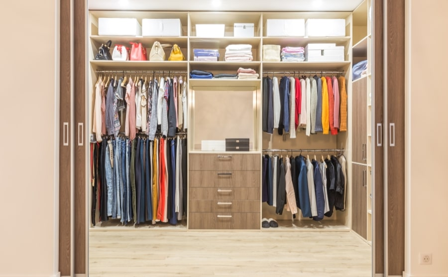 Wardrobe with closet organizers