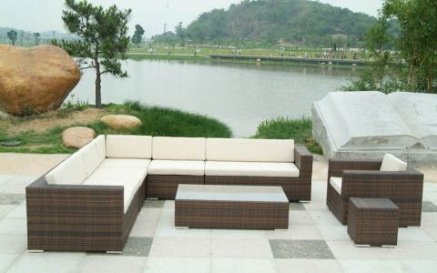 outdoor furniture for wide area