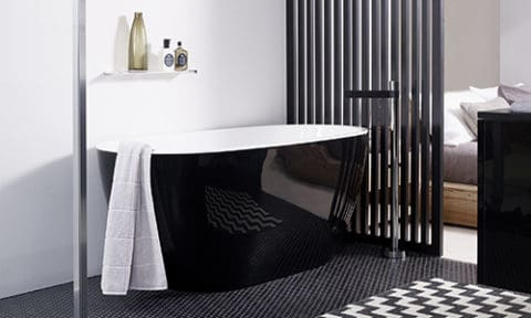black and white freestanding bathtubs