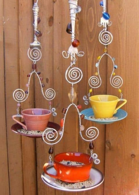 hanging-planters-upcycling-ideas
