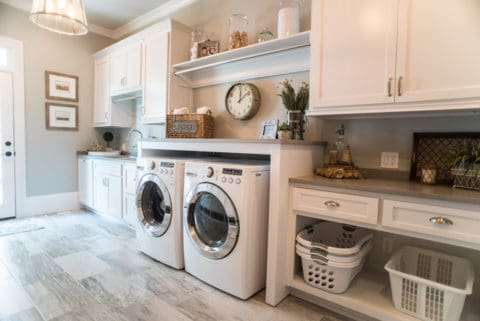 Laundry room with best interior