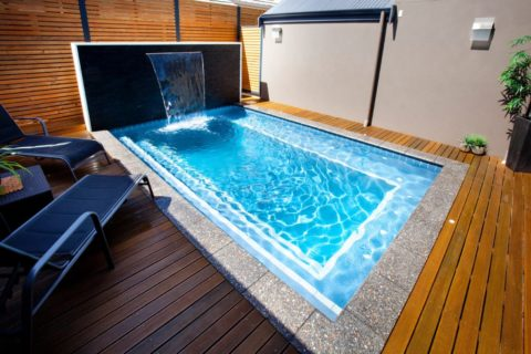 Small deck for pool