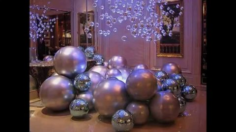 Christmas decorations ball