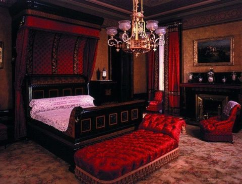 Comfortable gothic bedroom ideas
