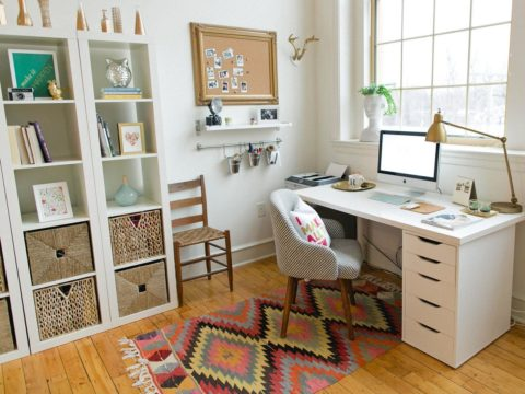 Girly home office design'