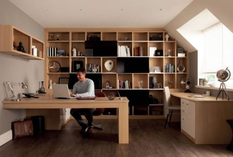Home office in natural color