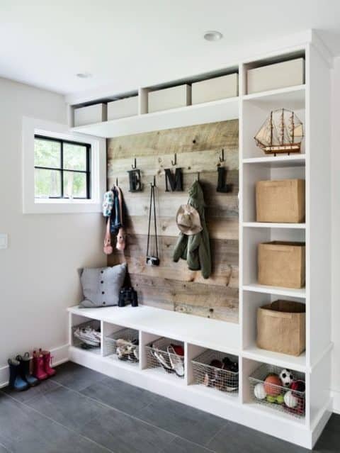 Storage furniture for entryway