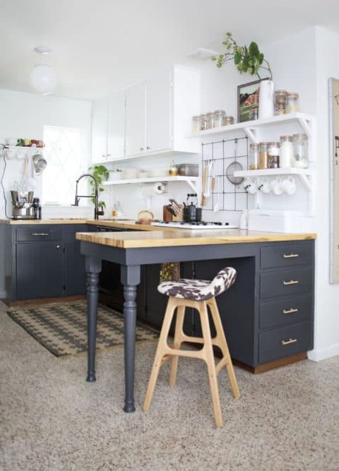 Small kitchen ideas that appear big