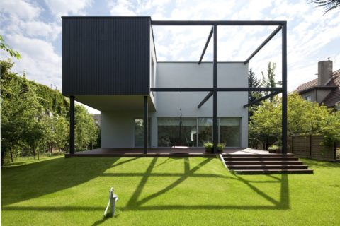 Artistic cube house