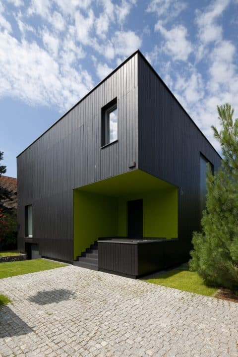 Black cube house design