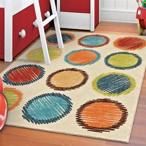 Rugs for kids rooms with round motif