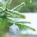 How to Decorate Outdoors for Christmas on a Budget