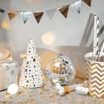 10 Affordable Classy New Year's Eve Decorations